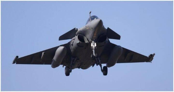 طائرة حربي فرنسية