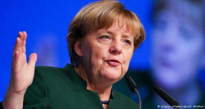 ميركل تطمح لتعزيز التعاون مع ماكرون بإعادة رسم سياسات الاتحاد الأوروبي