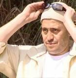 تلاحق الاخبار كل مشاهير الفن بالعالم العربي لا سيما الأكثر شهرة بينهم مثل الفنان السوري جورج وسوف المقيم في قطر بعد زواجه الثاني بعيد الانتهاء من جلساته العلاجية للجلطة الدماغية التي أصابته قبل عام، حيث ان اخبار صحة جورج وس