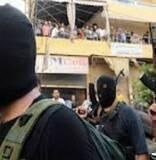 Lara Sakr@larasaker   كانوا مقاومة وكان كل العالم العربي وراهن صاروا زعران وصار كل العالم العربي يبزق علين    #سرايا التشبيح         Tarek Abou Saleh@tarekabousaleh3   سالت احد الاشخاص لماذا انضميت الى #سرايا التشب