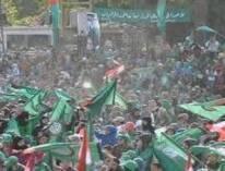ربما جمهور حركة أمل خالف كل التوقعات ، فالطوفان البشري الأخضر أصاب مدينة النبطية يوم أمس وبعد أن ظن حزب الله أنه تمكن من الطائفة الشيعية بكاملها، حضر ما يفوق 700 ألف شخص بحسب وكالة رويترز لتجديد الولاء للإمام المغيب الإمام