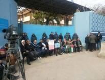 إعتصام الفصائل الفلسطينية أمام مركز الأونروا في بيروت