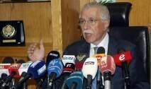 اوضح وزير الاشغال والنقل العام غازي زعيتر خلال مؤتمر صحفي في مطار