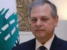 أشار وزير الدولة نبيل دو فريج إلى انه أتعجب ممن يصفون المجتمع السني