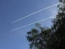 أفادت معلومات صحفية ، في بنت جبيل أن الطيران الحربي الاسرائيلي