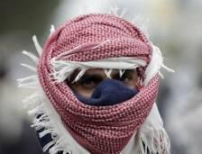 لا تتوانى كبريات وكالات الأنباء العالمية كـرويترزعن وصف حوثيي