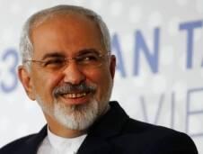 رفض محمد جواد ظريف ربطة العنق الأميركيّة، أصرّ على التقاليد التي