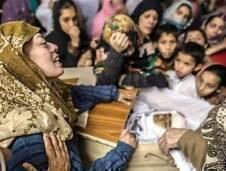 المجزرة الرهيبة التي ارتكبتها حركة طالبان –باكستان في احدى مدارس بيشاور وادت الى سقوط حوالي 130 ضحية معظمهم من الاطفال والمعلمين والمعلمات لا يمكن وصفها الا باحدى نوبات الجنون لدى بعض من يدّعي التحدث والعمل باسم الاسلام وا