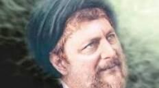 هو ابن السيد صدر الدين ابن السيد إسماعيل ابن السيد صدر الدين ابن