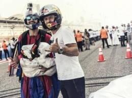 أذهل سائقا «ريد بُل» عبدو فغالي وجوك سومر الجمهور البحريني لدقائق