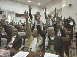 ما زال اليمن يسعى إلى الخروج من أزمته التي استشرت في الأسابيع