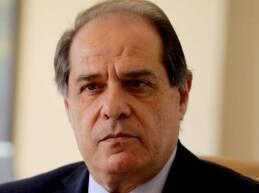 أشار وزير العمل سجعان قزي إلى اننا لا نشكك بعمل اللجنة الوزارية