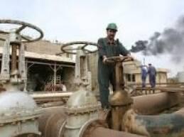 أخذت أسعار النفط بالصعود في الأسابيع الأخيرة متأثرة بعوامل