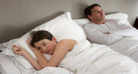 e1a8a1645 علامات تدل على أنك غير سعيدة في حياتك الزوجية