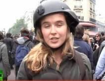 صفع مذيعة تلفزيون أثناء تغطيتها مظاهرات في باريس