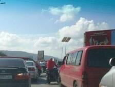 قطع الطريق عند مدخل طرابلس الجنوبي